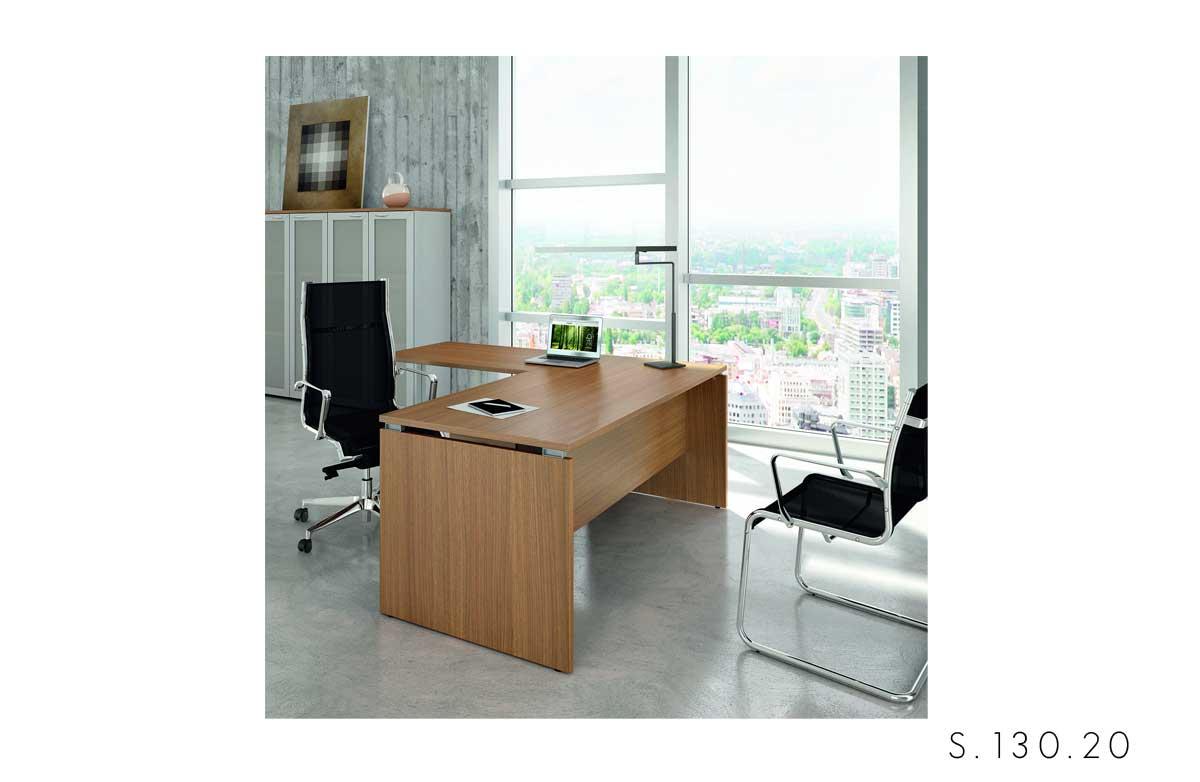 scrivania pannellata Quadrifoglio